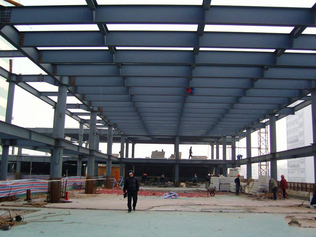 承接广州钢结构厂房工程产品图片高清大图,本图片由广州景林建筑