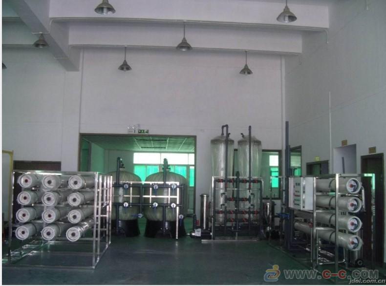 国四车用尿素溶液生产设备高清图片 高清大图