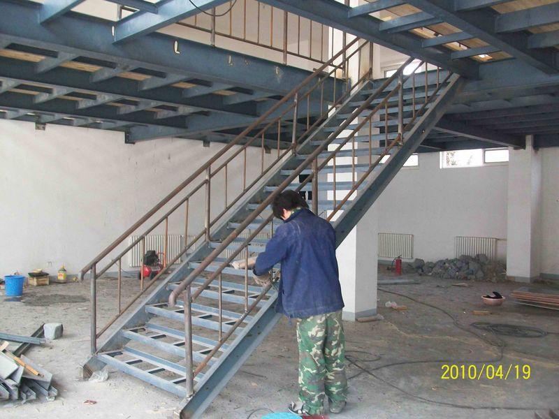 北京钢结构加层搭建 室内加层价格 挑高加层阁楼88681087