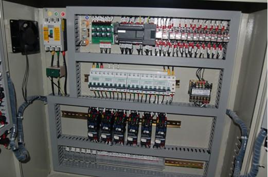 三菱FX1N PLC哈尔滨三菱PLC编程控制柜高清图片 高清大图